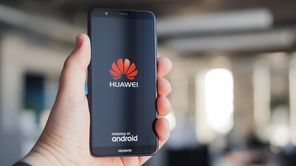 Huawei To Launch First 5G Phone in September
